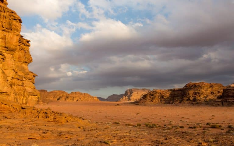 wadi rum is an example of desert variety