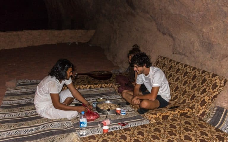 having dinner with Bedouin - mealtime customs and etiquette
