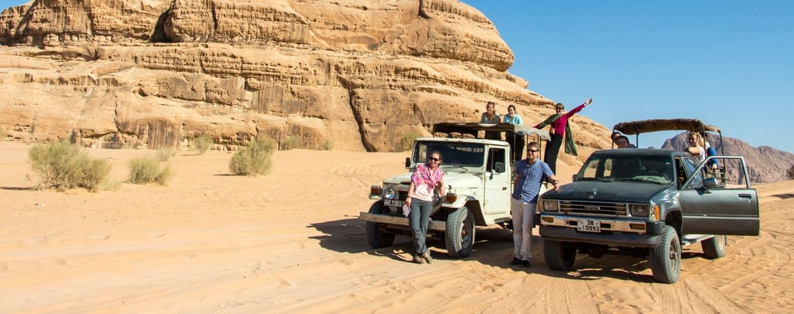 guests enjoying their time when on tour with wadi rum nomads