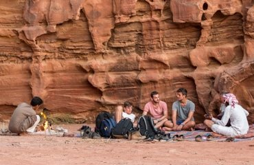 lunch in wadi rum desert during the desert tour wadi sabet