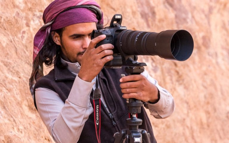 fawaz making pictures for wadi rum nomads